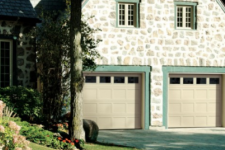 Searching for traditional garage door ideas? We can assist!